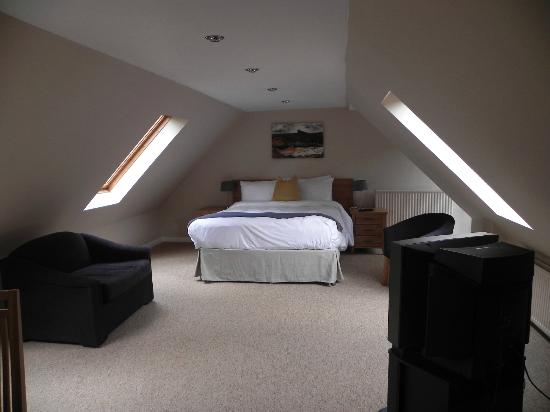 chambre sous les toits photo de the torridon inn torridon tripadvisor. Black Bedroom Furniture Sets. Home Design Ideas