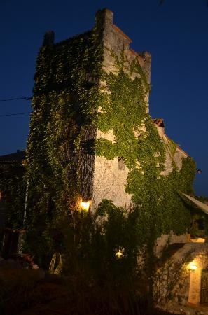 La Parare : Der Turm bei Nacht