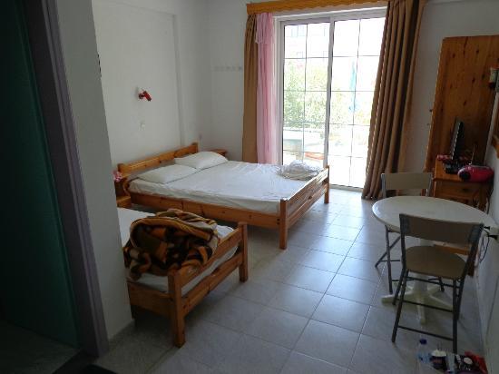 Salora Studios-Apartments: La chambre