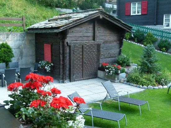 Jolimont Ferienwohnungen: part of the garden area