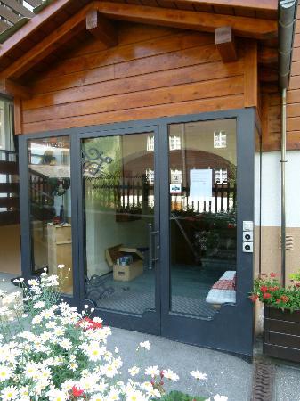 Jolimont Ferienwohnungen: Entry