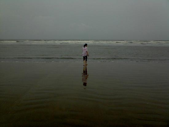 Mandarmani Beach: lone ranger
