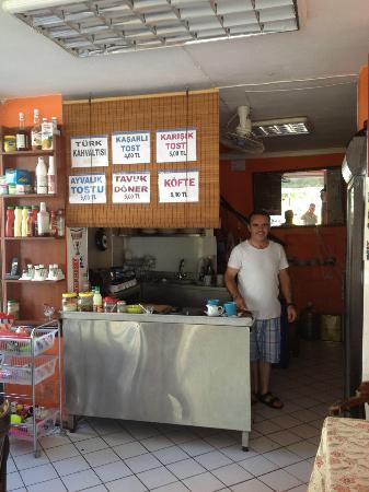 Corner Cafe Fast Food : Nazmi your host