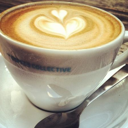 The Coffee Collective : cappuccino