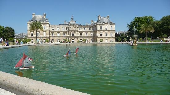 Club Nautique du Luco  Bassin du jardin du Luxembourg  Paris