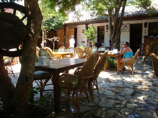 Boomerang Guesthouse Ephesus: Beutiful gurden