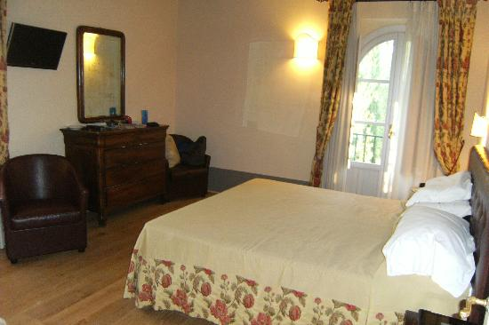 Agriturismo La Sovana: Room 18 - master bedroom
