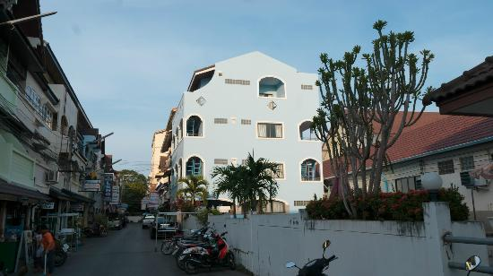 Leng Hotel & Guesthouse