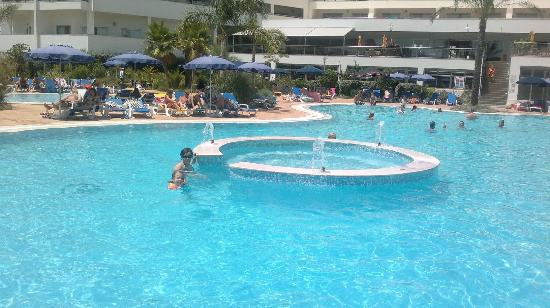 Alfagar Aldeamento Turistico: Adults pool, Alfagar II complex