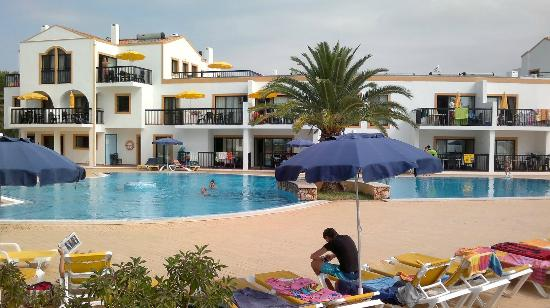 Alfagar Aldeamento Turistico: Adults pool, Alfagar I village