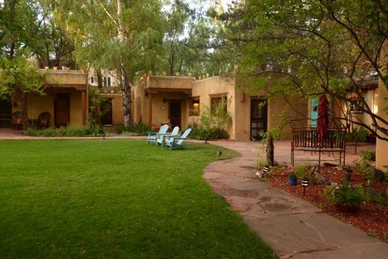 Hacienda del Sol : Taos Suite and Main House