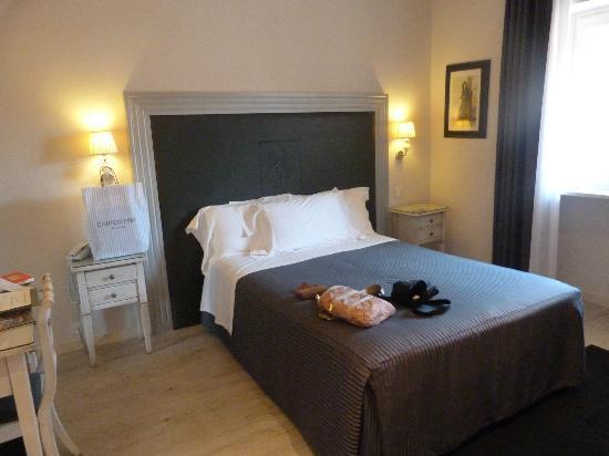 Hotel Antica Porta Leona & SPA: CAMA
