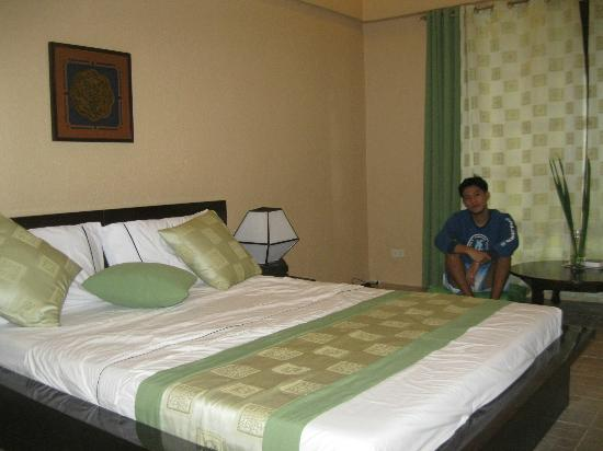 Eclipse Resort: july 2 2012