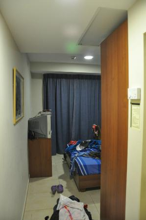 Aviv Spring Hostel: room view 2