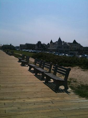 Quaker Inn: On the boardwalk facing the bed & breakfast properties