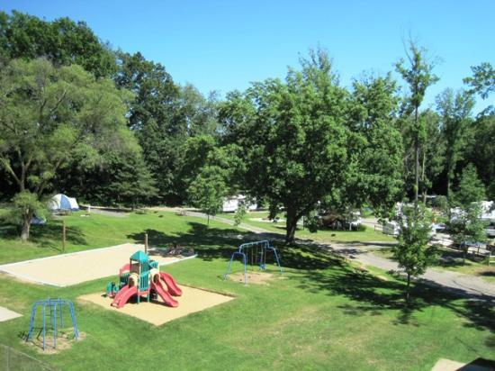 Michigan City Campground: Playground