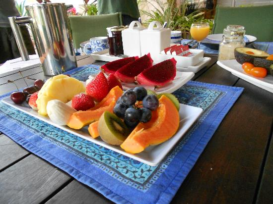 Port Douglas b&b Four Mile Beach: Breakfast