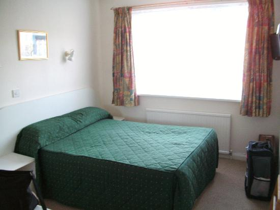 Lindum Lodge: room13