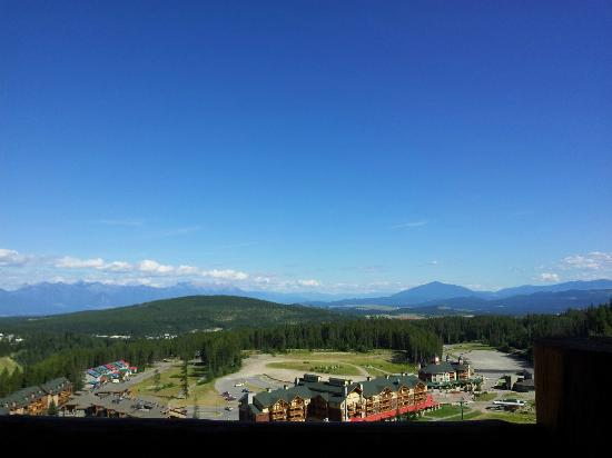 Northstar Mountain Village Resort: View from balcony in apartment F4