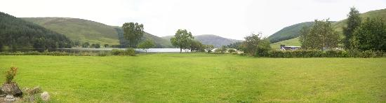 Tibbie Shiels Camping: Panoramic view from the Inn front