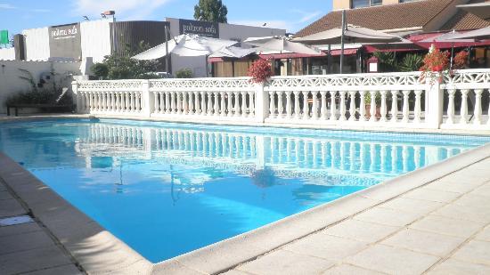Eurotel : Vue depuis la piscine