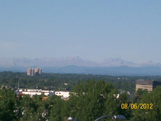 Hotel Blackfoot: Mountain view from our room