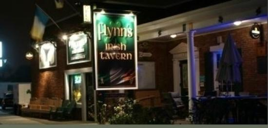 Flynn's Irish Tavern at Night