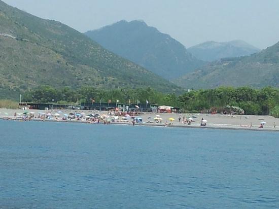 Campeggio Maratea : La spiaggia del campeggio