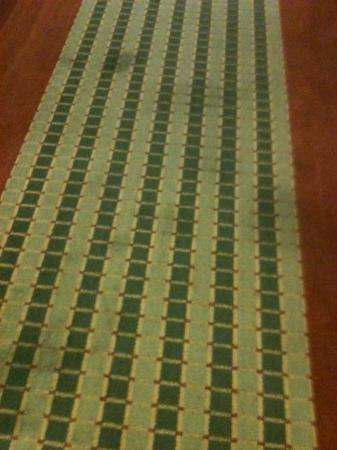 Microtel Inn & Suites by Wyndham Tunica Resorts: Stains on carpet