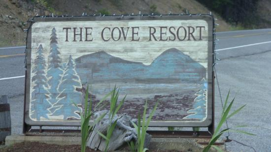 Cove Resort & Restaurant: The Cove Resort, Rimrock Lake, Naches, WA