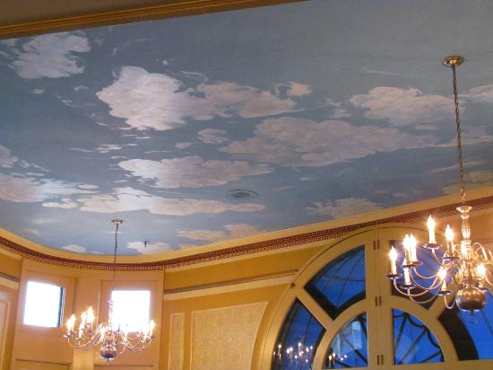 The Lafayette: Lobby Ceiling