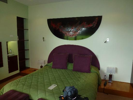 Le Manoir du Lys : Main bedroom in ground floor bungalow