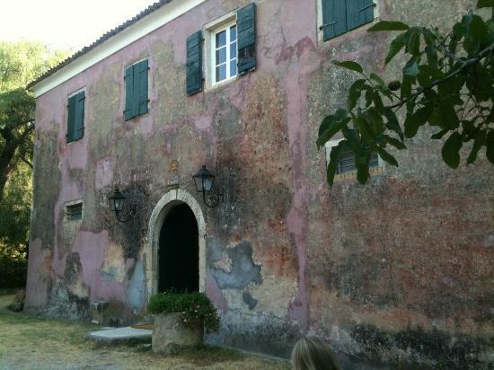 Pelecas Country Club: Ontbijten in het oude verblijf van de italiaanse politie