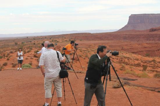 Vaughan's Southwest Tours - Day Tours: Phot Tour of Monument Valley Arizona