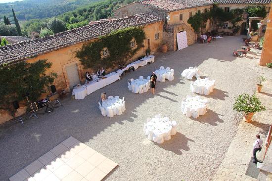Villa Catignano : Сourtyard the wedding day