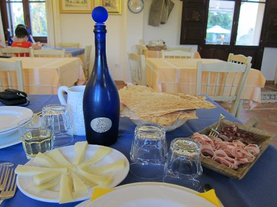 Agriturismo La Genziana: really nice meal if you get the half-board option