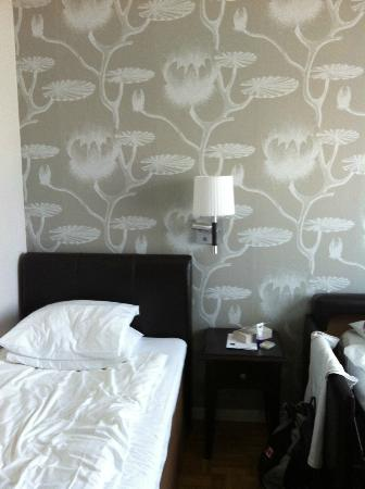 Best Western Vimmerby Stadshotell: single room with pullout couch
