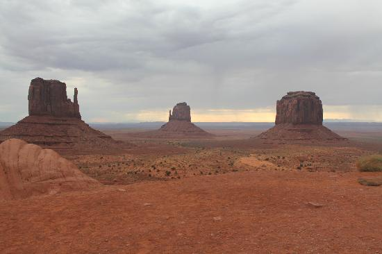 Vaughan's Southwest Tours - Day Tours: Monument Valley