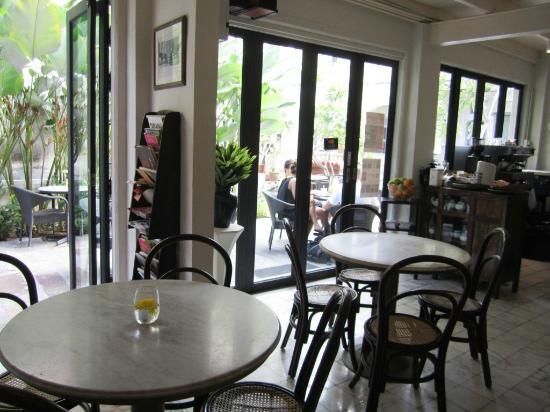 Muntri Mews: coffee shop
