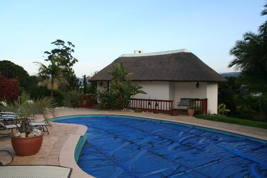 Knysna Country House: The Gardenhouse and Pool