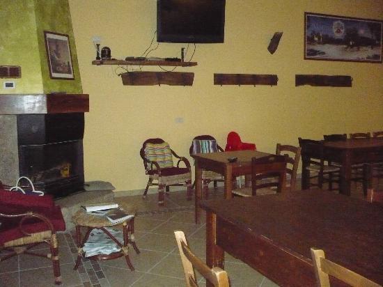 Azienda Agrituristica Matine: sala da pranzo/angolo ristoro
