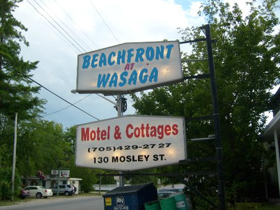 Beachfront at Wasaga Motel and Cottages: Name of Motel