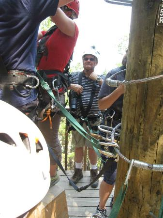 Rogue Valley ZipLine Adventure: Tethered up at the treehouse!