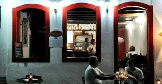 Divino Cafe Paraty: Ao cair da tarde...