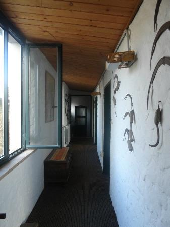 Agriturismo Santa Croce: Corredor dos apartamentos