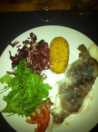 Osteria Il Borghetto: filetto al lardo rosa 