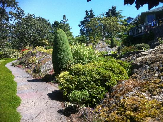 Victoria, Canadá: One of the sunny gardens