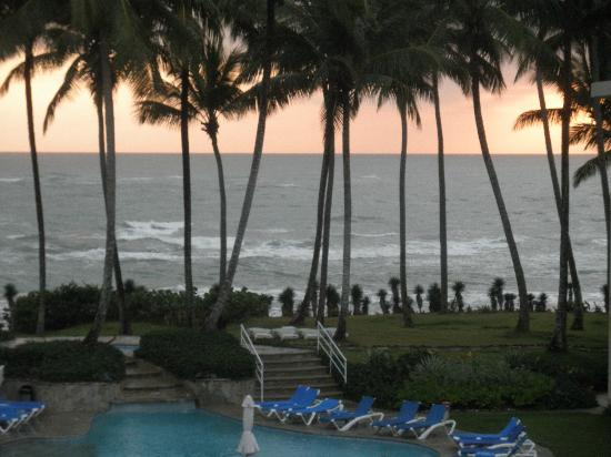 Cabarete East Beachfront Resort: sunset