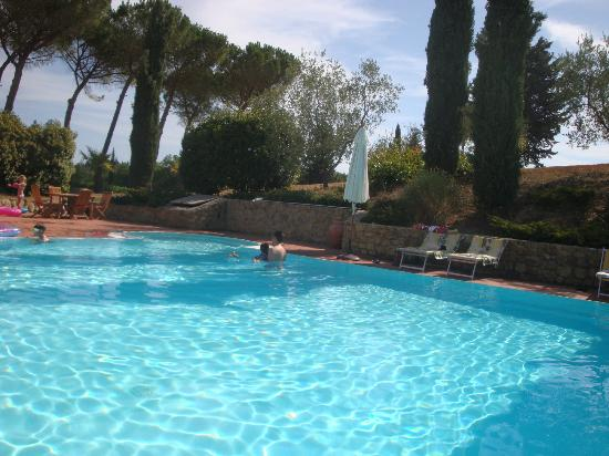 Tenuta Mormoraia: Amazing pool and jacuzzi