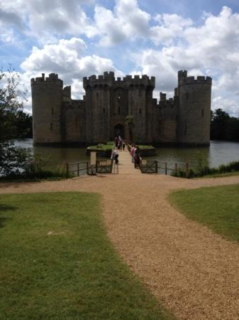 Cliff Farm: in perfect proximity to bodium castle - well worth a visit!